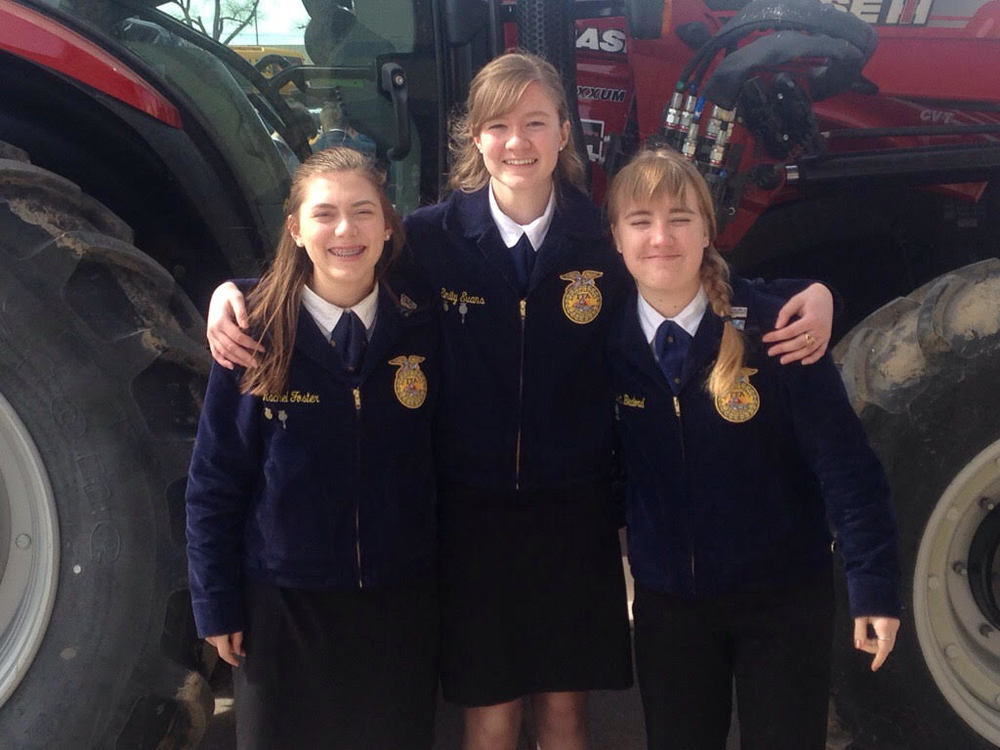 FAIRFIELD FFA BRINGS HOME BLING!